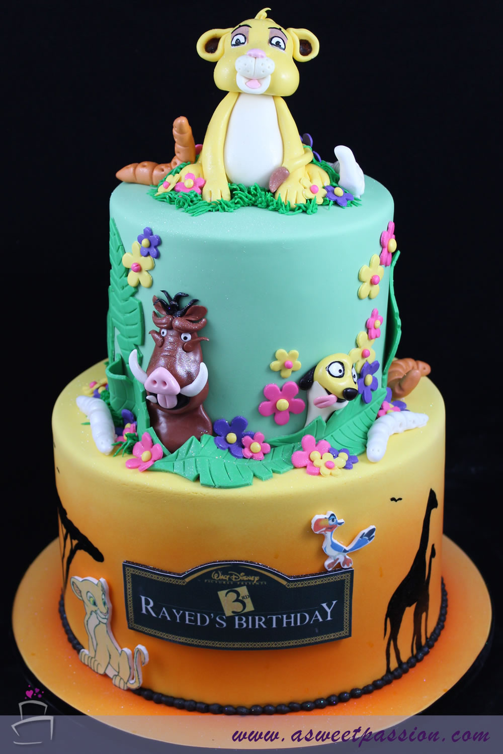 Hand Painted Animals On Cake