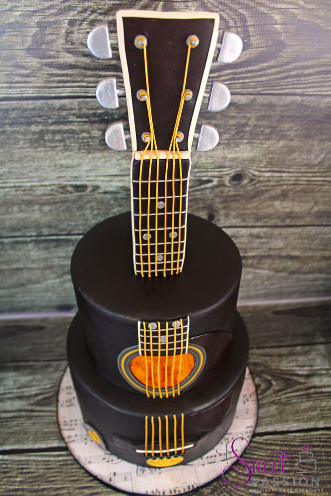 Guitar Cake Tier
